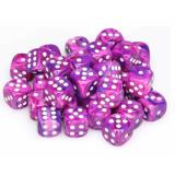 Chessex Tärningar 36st D6 12mm Festive Violet w/white