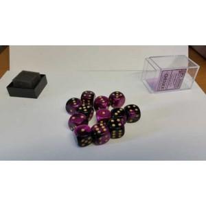 Chessex Tärningar 12st D6 16mm Black Purple /w Gold